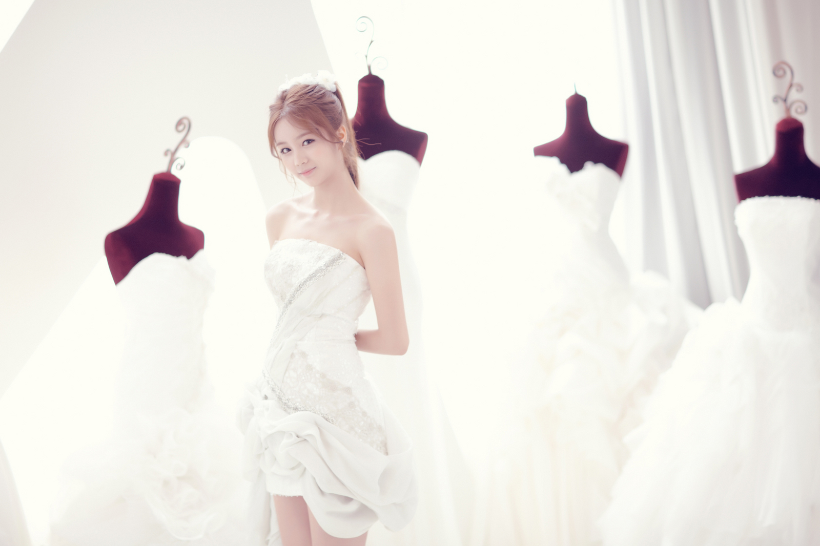 PICS] 110705 Girl\'s Day Hyeri – \'Everyday\' Wedding Dress Concept ...