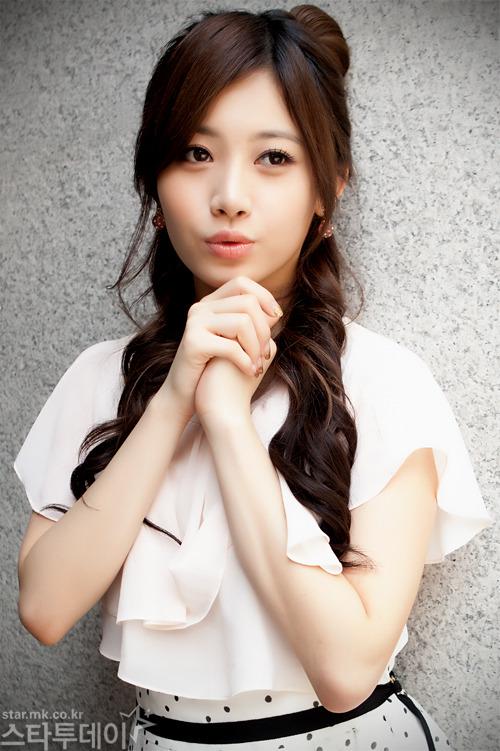 Girls Days Yura criticized for her attitude on My
