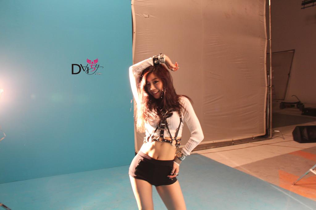 [PHOTOS] 15.7.13 Girl's Day Sojin Official Fancafe Concept BTS Photos IMG_2717